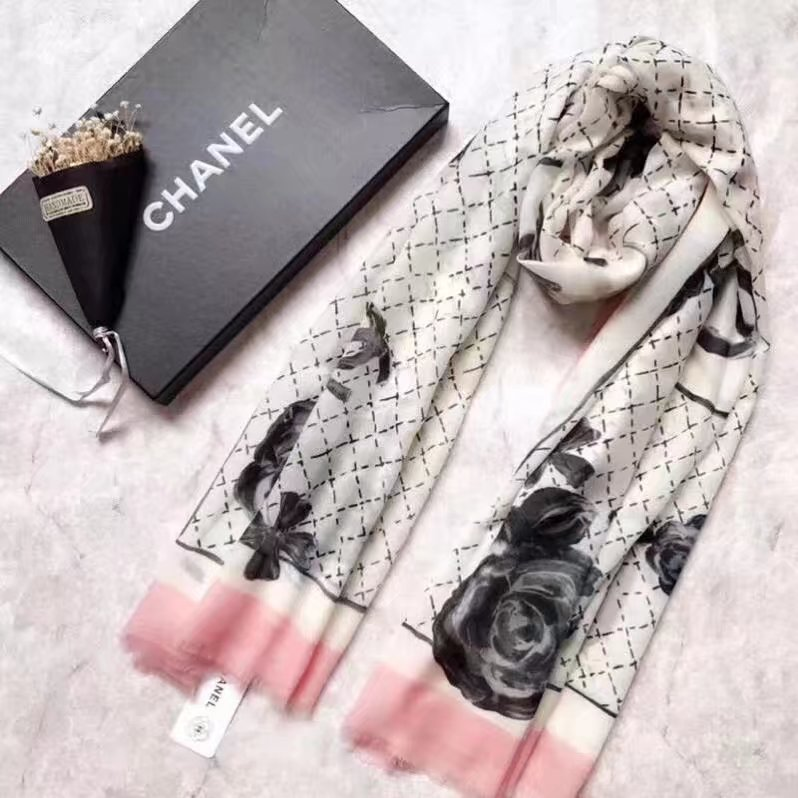 top quality Chanel scarf C919268 Beige