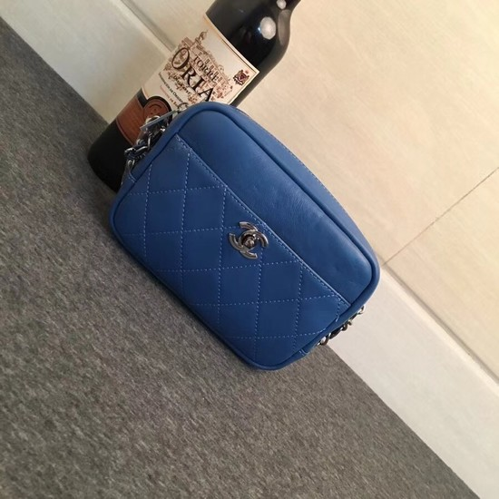 Chanel mini Leather cross-body bag 7738 blue