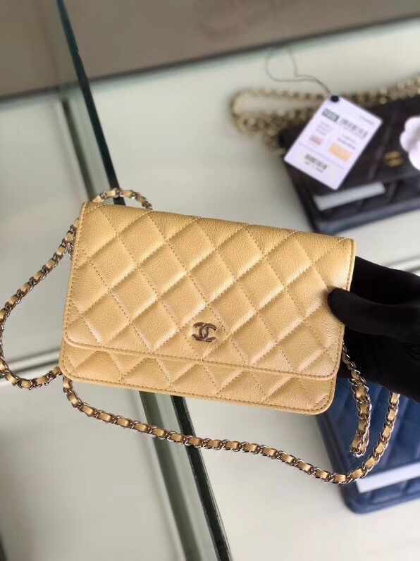 Chanel classic wallet on chain Grained Calfskin & Silver-Tone Metal 33814 Pearlescent apricot